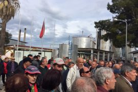 Fier Refinery Workers Continue Not to Be Paid