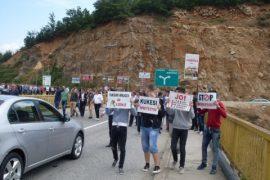 Morina, Merchants Protest Rruga e Kombit Highway Toll