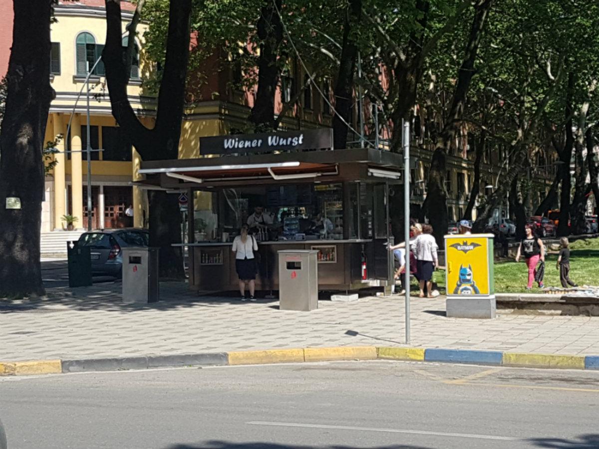 Albanian Capitalism Returns to the Kiosk
