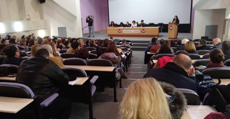 Academic Staff Warns the Government of a General Strike