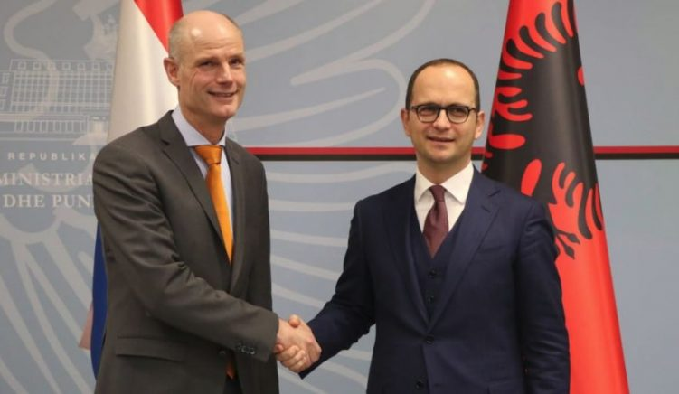 """Dutch Minister Blok: Albania Needs to Show """"Clear and Concrete Progress"""""""