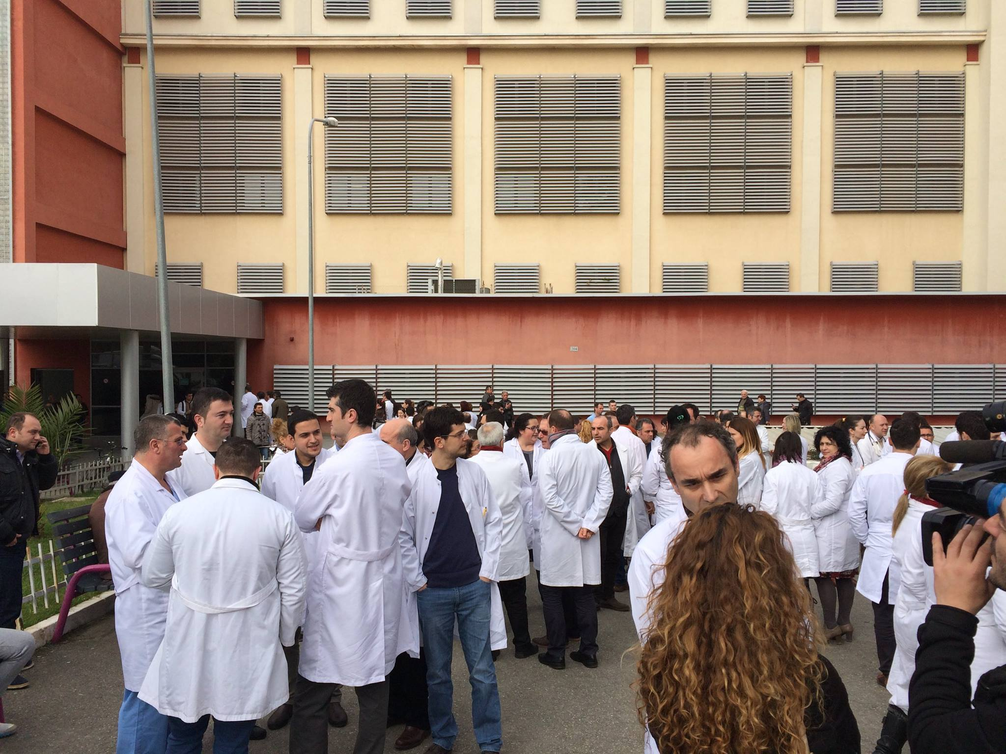 Doctors Protest Violence Against Them