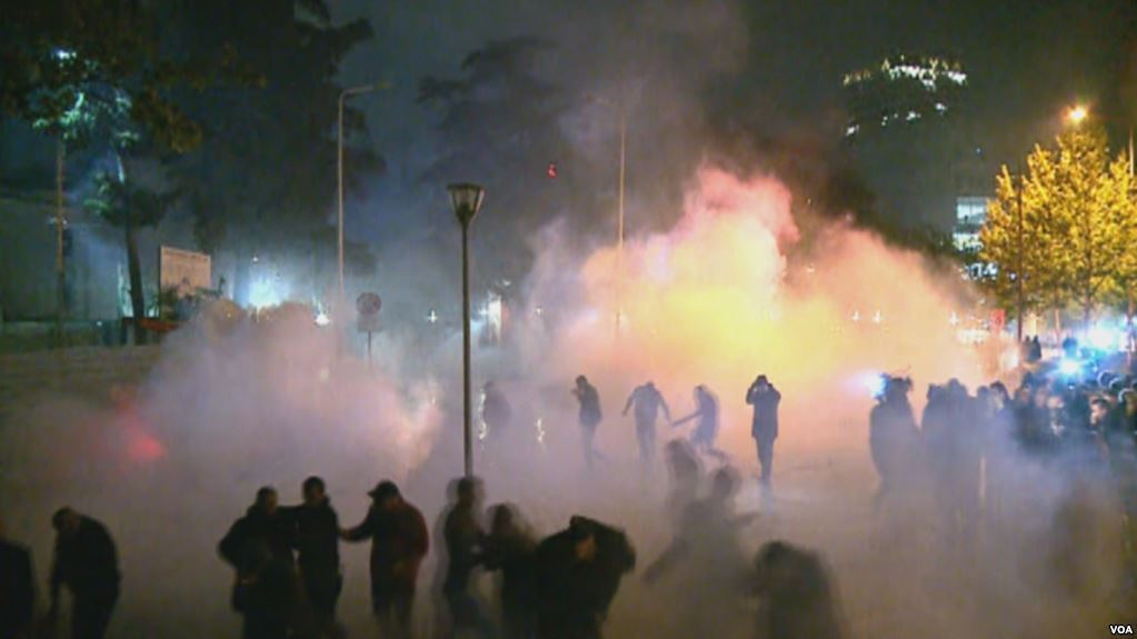 Albania's Ombudsman Criticizes Excessive and Indiscriminate Use of Tear Gas by Police