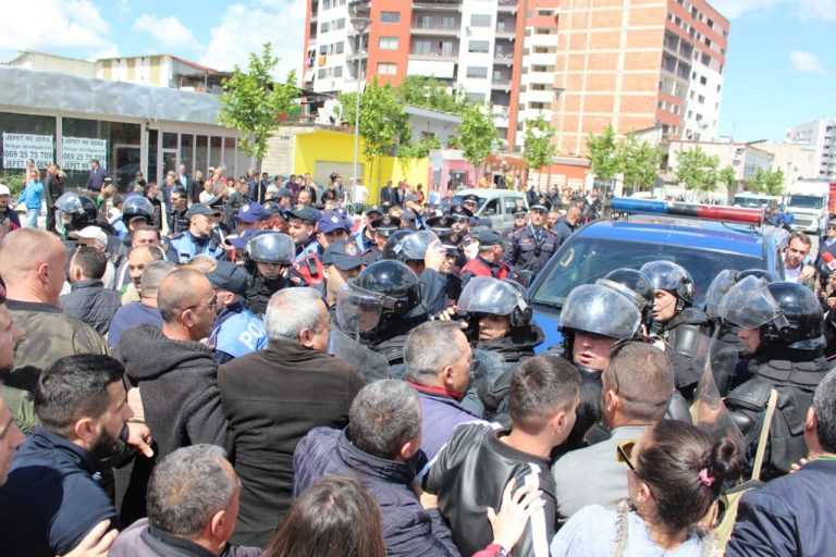 5 Citizens Arrested, Others Hospitalized and Rama's Motorcade Blocked in Protests