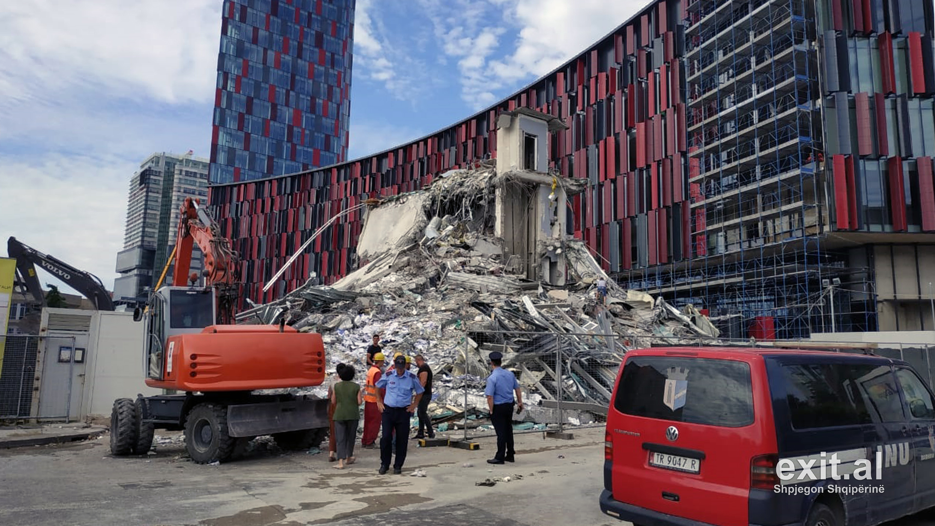 Government Violated Human Rights and Domestic Laws in Demolishing Building in Central Tirana