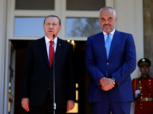 Albanian PM Rama to Attend Istanbul Summit on Afghanistan to Ask for Quake Relief Donations