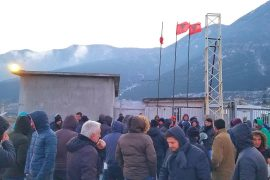 Miners Protest Outside Albchrome Mine, Eight Demands for Better Conditions