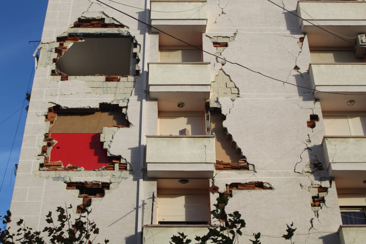 771 Albanian Families Begin Receiving Government Grants for Earthquake Reconstruction