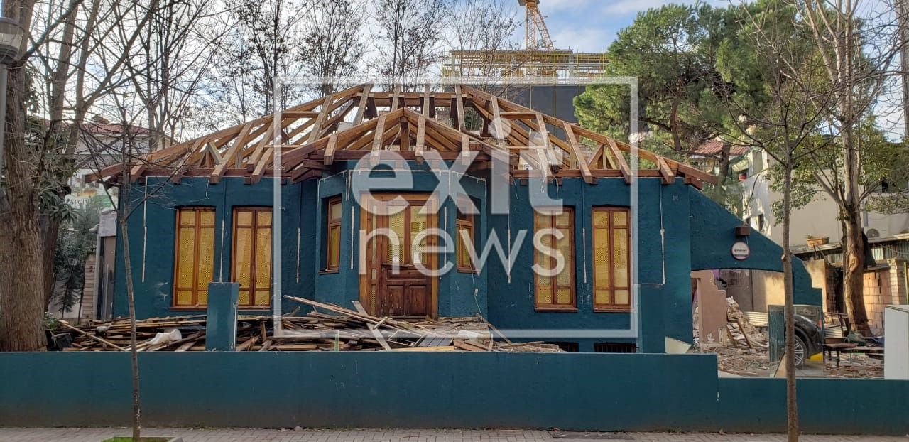 Classic Villa Demolished to Make Space for Another High Rise Construction