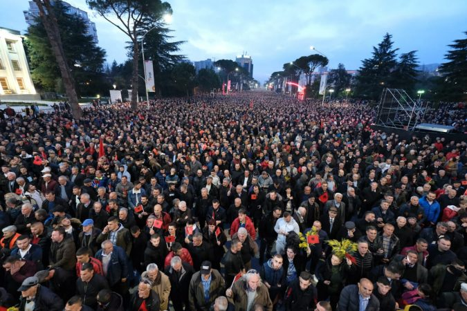 "Thousands Fill Tirana's Boulevard to Protest Against Constitutional ""Coup d'Etat"""