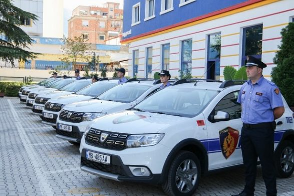 Albanian Police Hand Out Fines For Violations of Coronavirus Measures