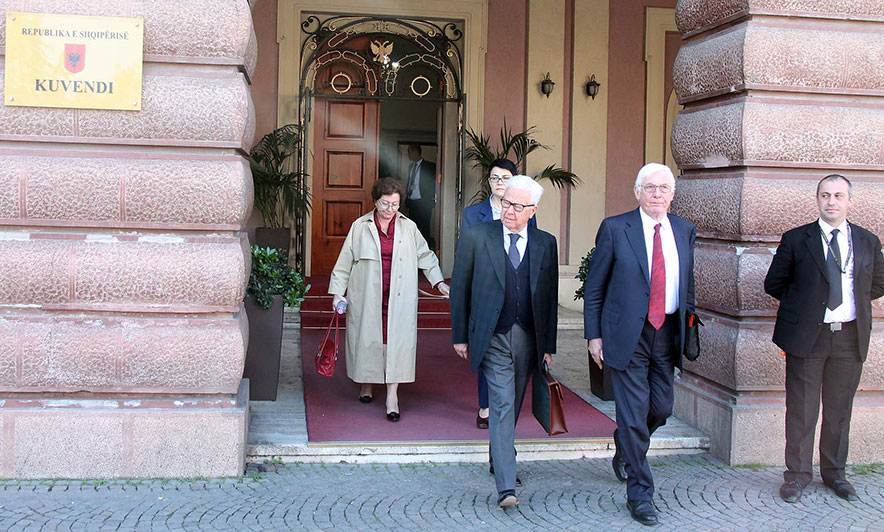 Venice Commission Calls Constitutional Changes 'Extremely Hasty', Refuses to Rule on Their Constitutionality