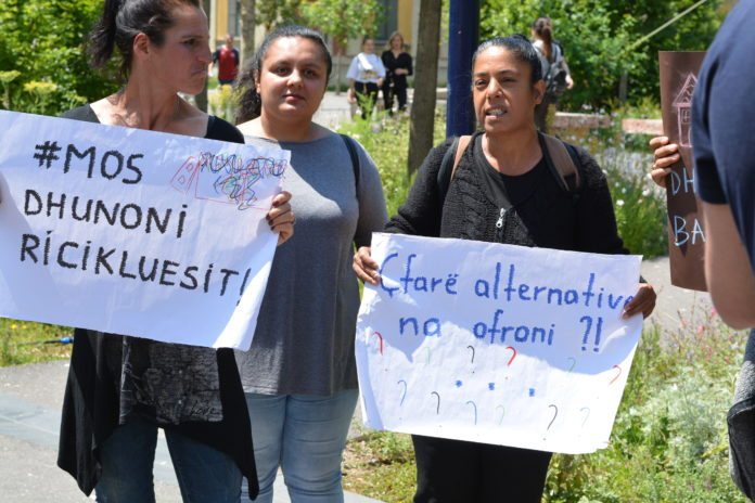 Albanian Roma and Egyptians Protest Against Municipal Violence Outside Mayor Erion Veliaj's Office