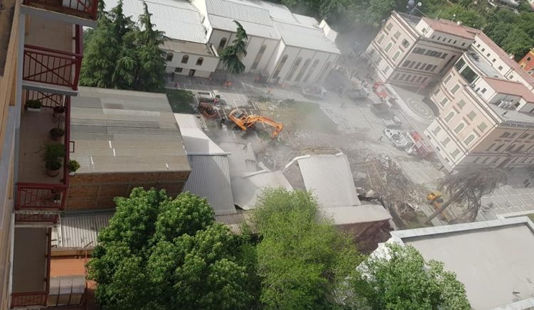 MEP Strugariu: Demolition of Albania's National Theatre a 'Moral Crime against World Cultural Heritage'