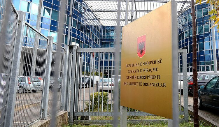 Former Prosecutor General Charged With Non-Declaration of Income