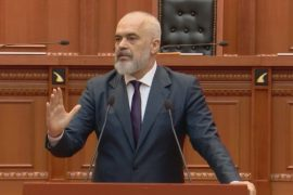 Albanian Prime Minister Blasts EU for Not Granting Visa-Free Regime to Kosovo