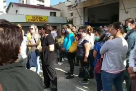 Factory Workers in Vlore Protest over Lack of Financial Assistance