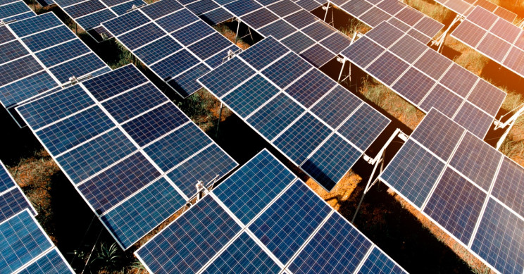 Albanian Government Signs Contract for Karavasta Solar Park