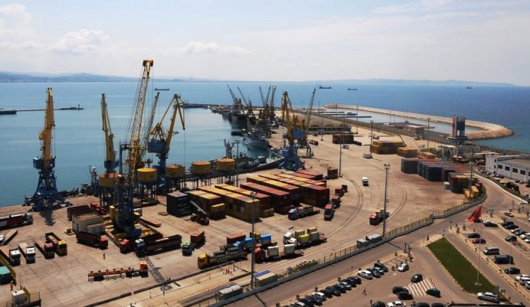 Albanian President Vetoes Expansion of Private Oil Terminal into Freight Port
