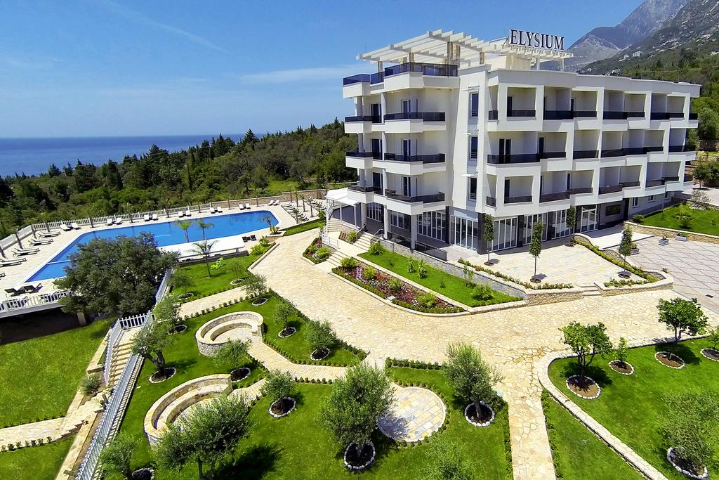 Albanian Hoteliers Drop Prices by up to 40% During COVID-19 Pandemic