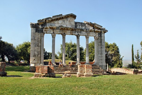 Ancient City of Apollonia Vandalized during Lockdown