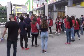 """Albanian Students to Protest for Fourth Day over """"Unrelated and Illogical"""" Tests"""