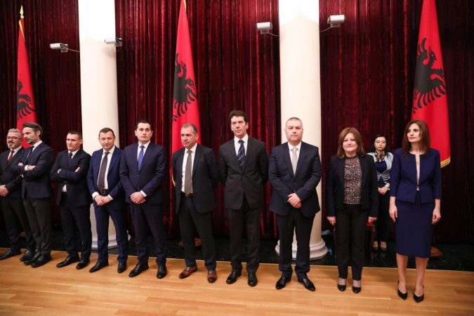 Special Anti-Corruption Prosecutors to Investigate All Dismissed Judges and Prosecutors