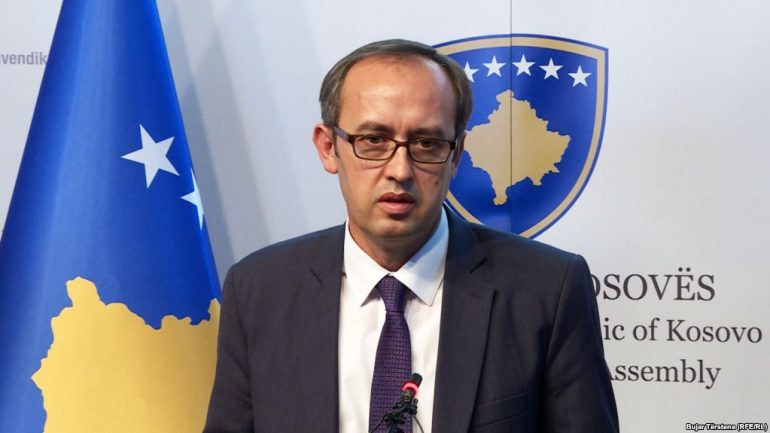 Prime Minister Sacks Heads of Kosovo Customs and Tax Agency