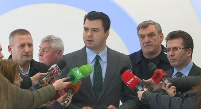 Albanian Opposition Blasts Majority's Decision to Change the Constitution