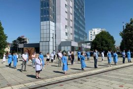 Nurses in Kosovo Protest Low Pay for Night Shifts during Coronavirus Pandemic