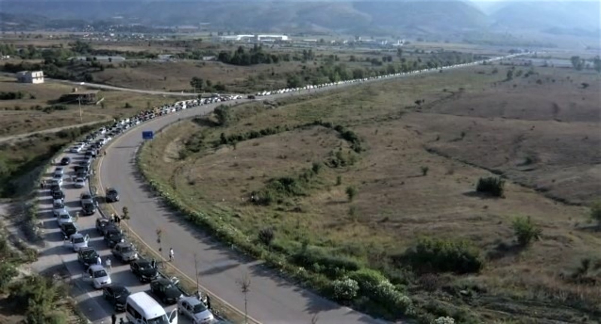 Albanians Allowed to Enter Greece Only Today without Negative COVID-19 Test Results
