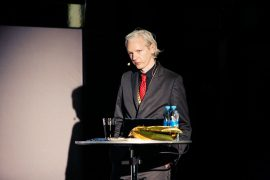 Amnesty International Call on British Authorities to Drop Charges and Deny Extradition of Julian Assange
