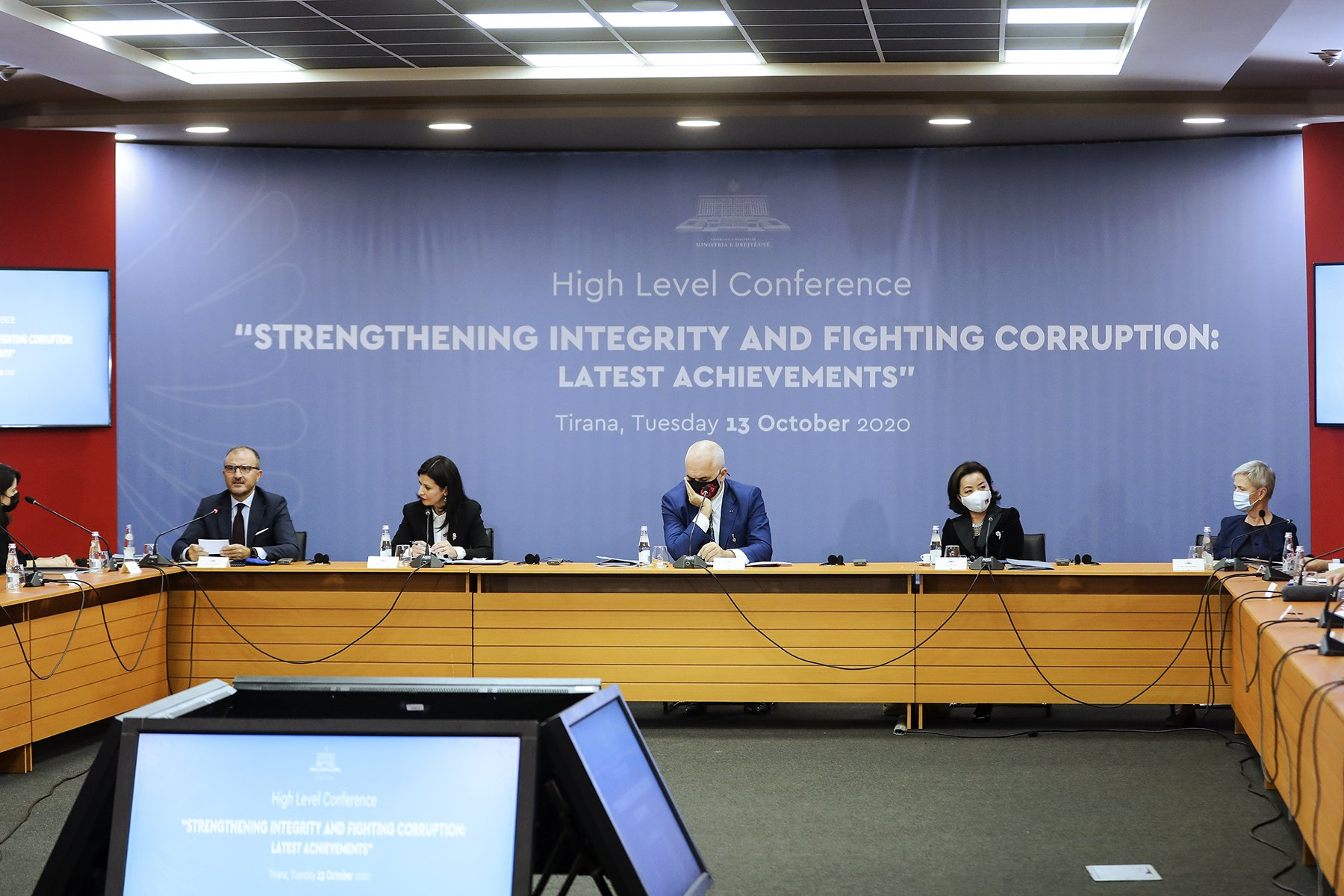 Comment: European Commission Suggests Albanians Lack 'Honesty' and 'Integrity'