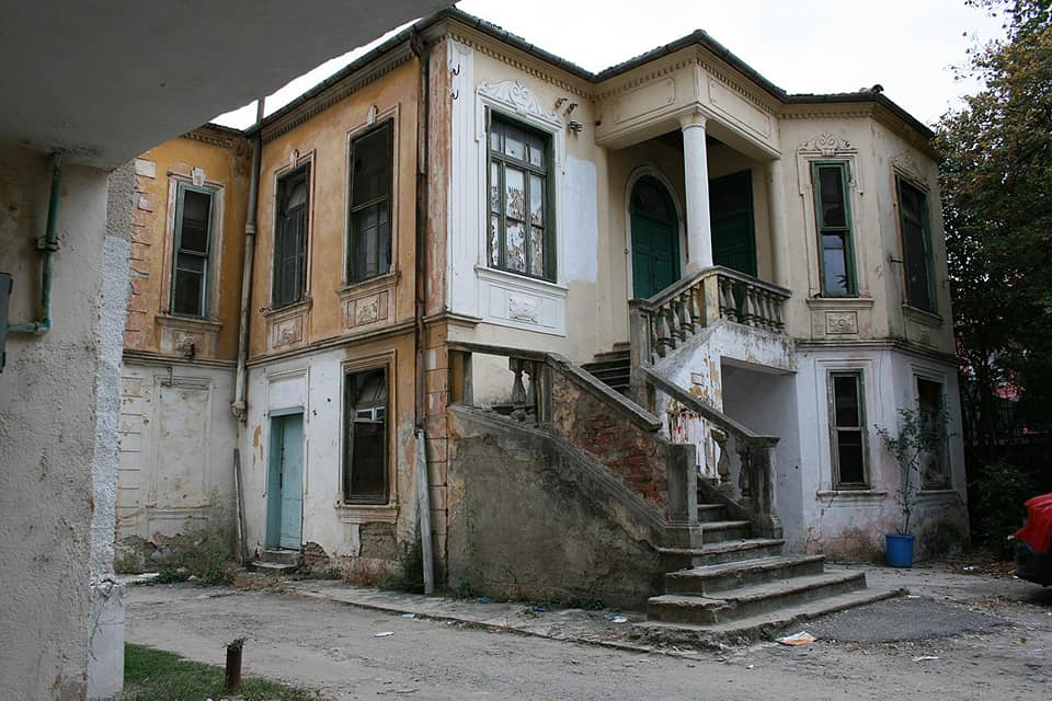 Another Historic Villa Demolished to Make Way for Apartment Block