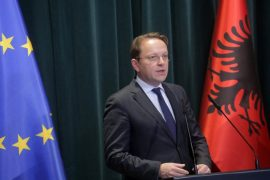 Varhelyi Applauds the Constitutional Court Appointment: Albania Meets Conditions for EU Talks