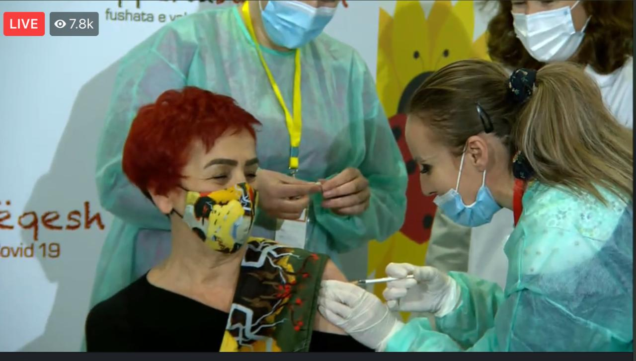 Albania Starts Vaccination of Medical Staff with 975 Doses