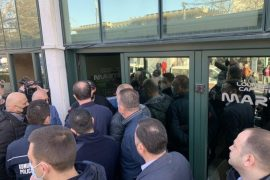 Montenegrin Government Clashes with Local Authorities in Albanian-Majority Town over Jurisdiction