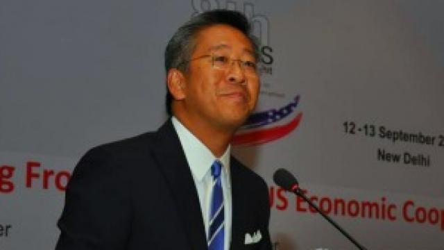 Ambasadori Lu sulmon Prokurorin Llalla dhe mbështet Kryeministrin Rama
