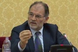Gjykata Kushtetuese i heq mandatin deputetit socialist Koço Kokëdhima