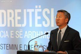 Ambasadori Lu: Gjykatat që liruan Lulzim Berishën janë të korruptuara