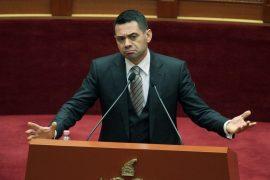 Rreziku sipas ministrit Ahmetaj dhe profesorit socialist