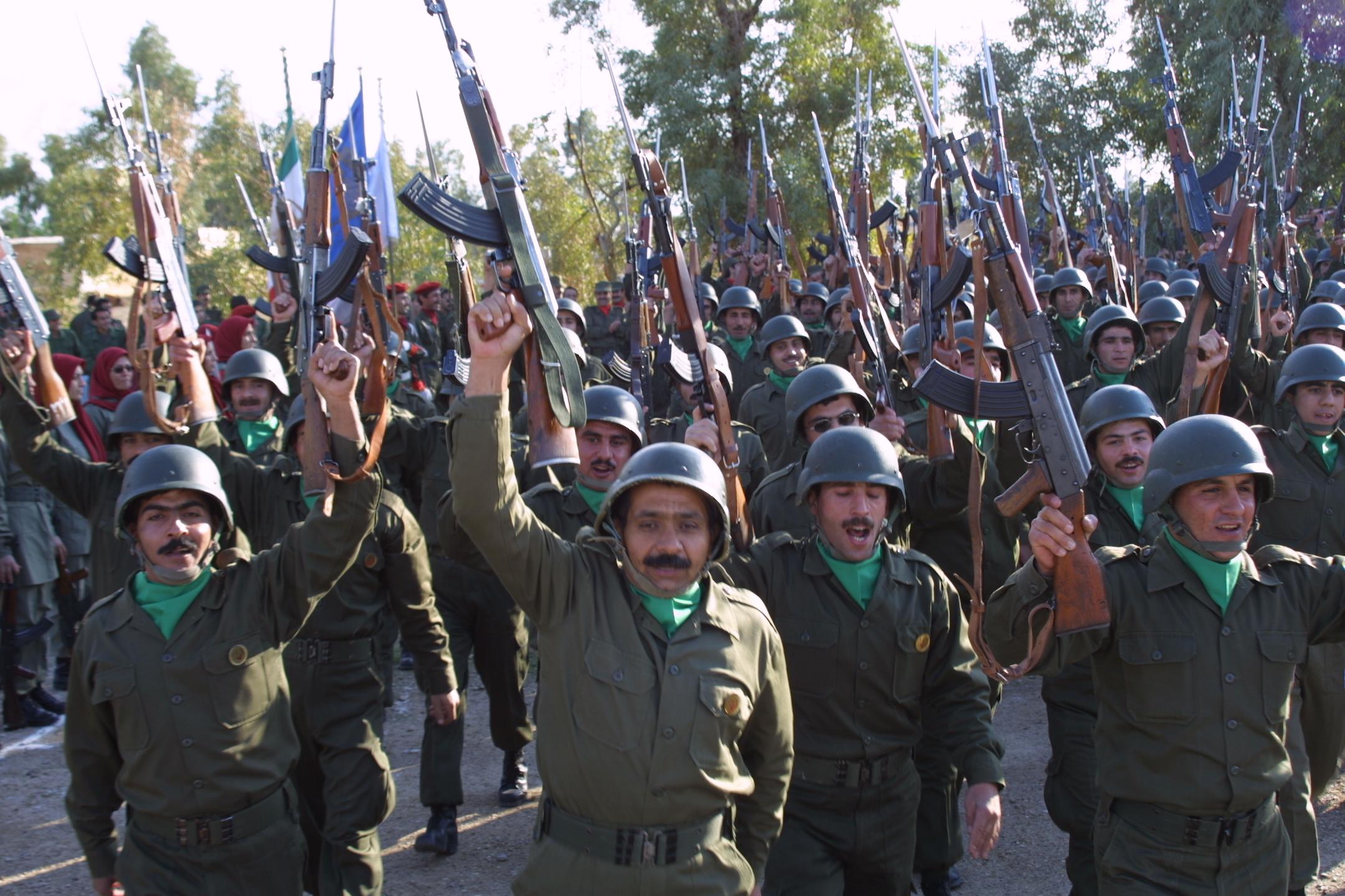 Loja e rrezikshme e Shqipërisë me muxhahedinët iranianë