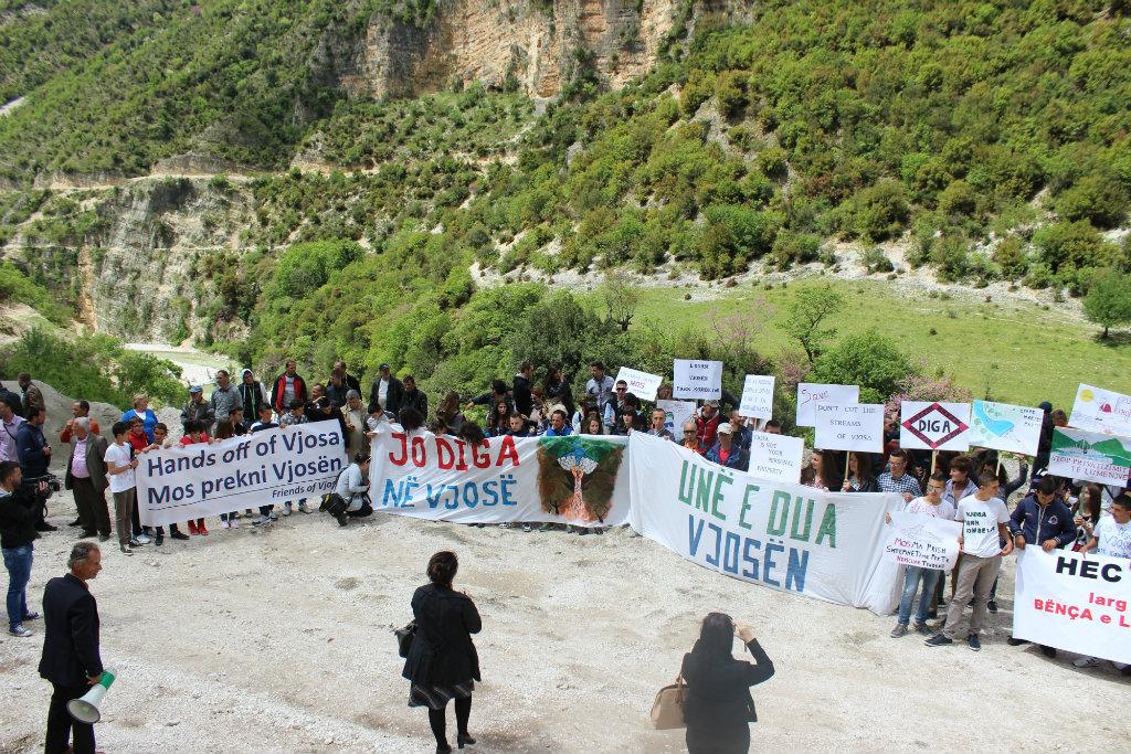 Studiuesit: Hidrocentralet në Vjosë dëme mjedisore, sociale dhe ekonomike
