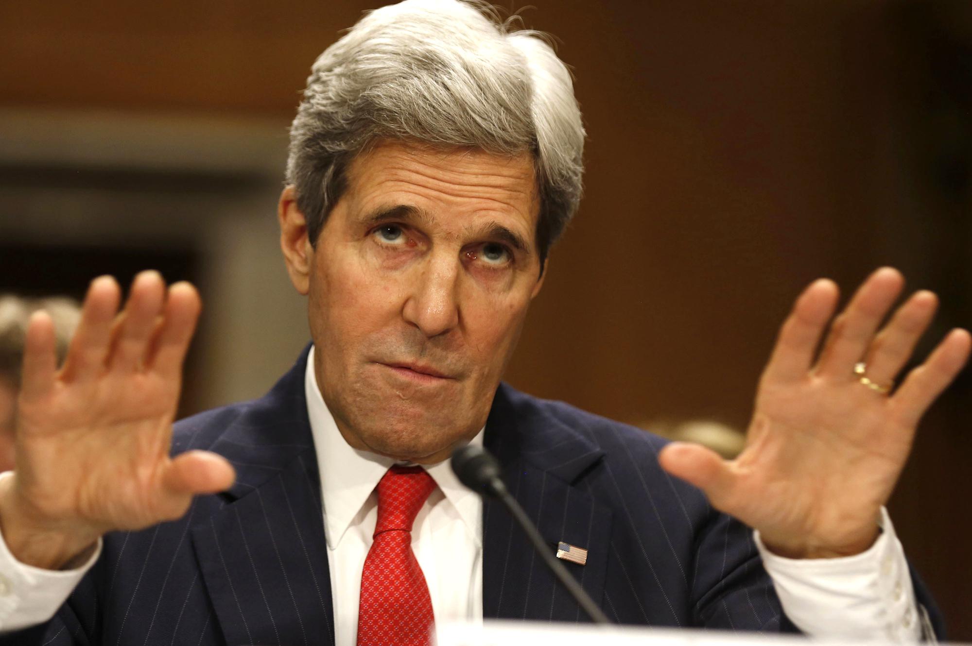 Shtirja dhe propaganda në pritjen e Sekretarit Kerry – Koment