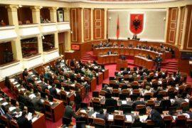 Rasti Tahiri do jetë hera e dytë që Kuvendi rrëzon prokurorinë – lista e 26 deputetëve të hetuar në vite