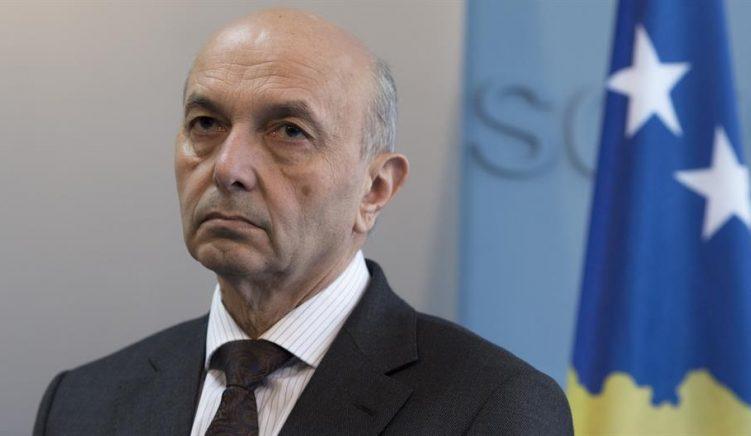 Kryeministri i Kosovës për emigrimin e kosovarëve – Pa koment