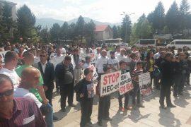 Tiranë e Bajram Curri, protesta kundër ndërtimit të hidrocentraleve në Valbonë