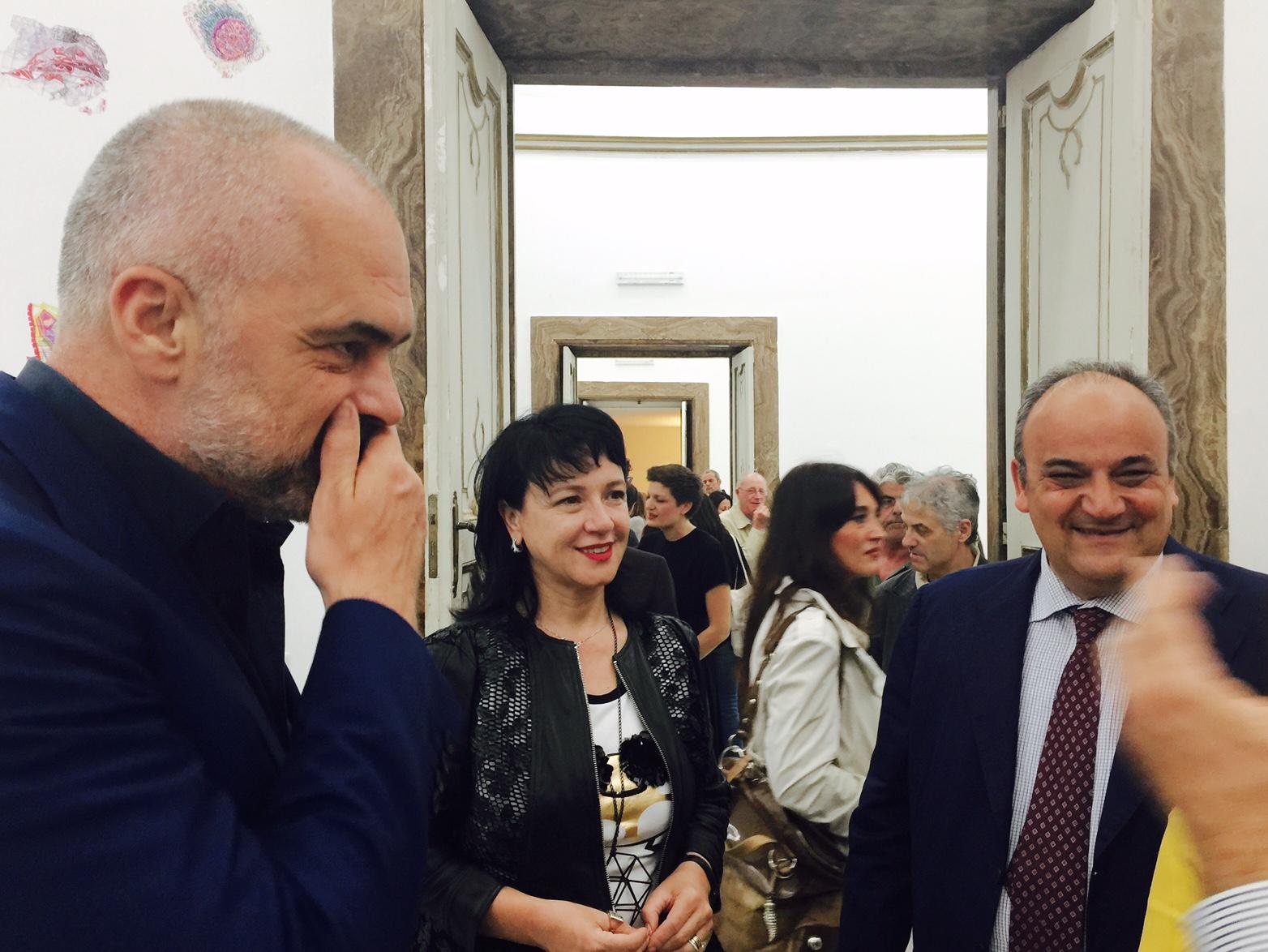 Ekspozita e Kryeministrit në Napoli – Fotografitë