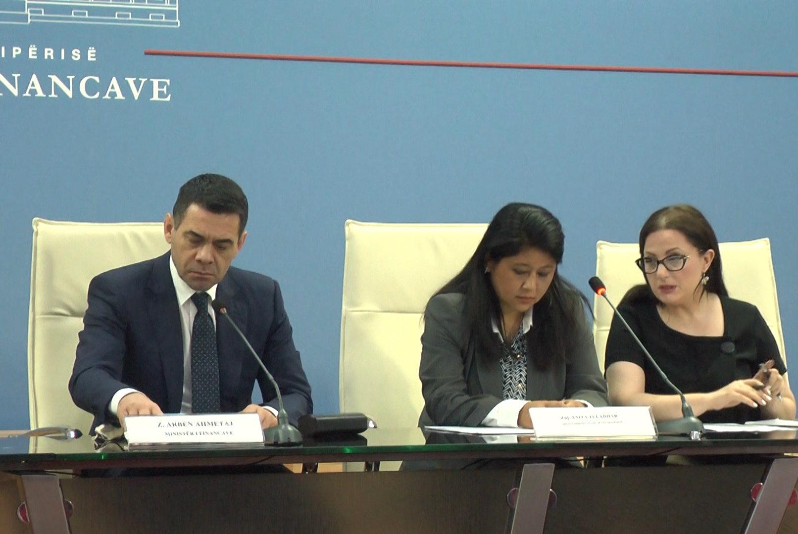 FMN: Ekonomia shqiptare rrezikohet nga PPP-të dhe borxhi i lartë publik