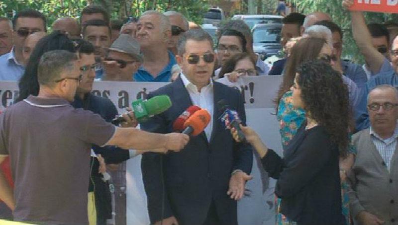 Shpëtim Idrizi vazhdon luftën për mandatin në Tiranë